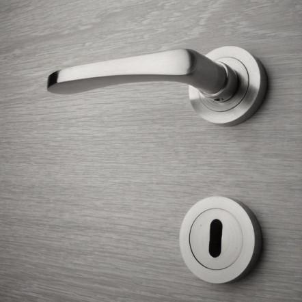 Door handle, Zinc base + Alu. Handle AH001
